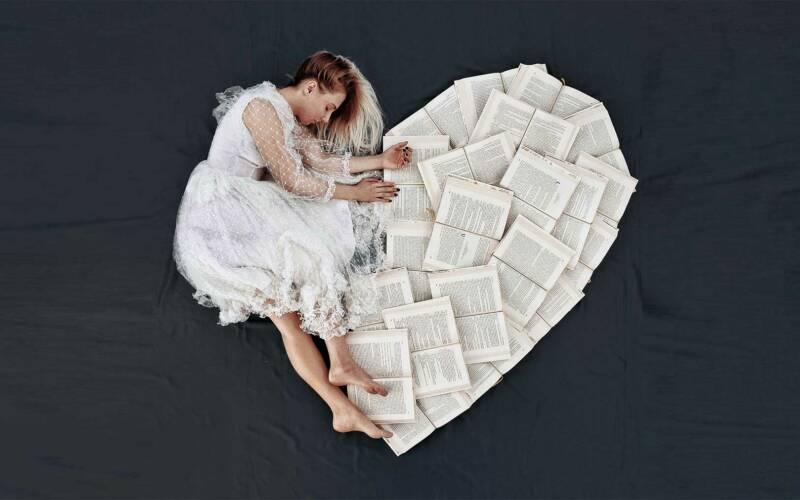 Elizabeth Sagans kreative Bilder mit Büchern