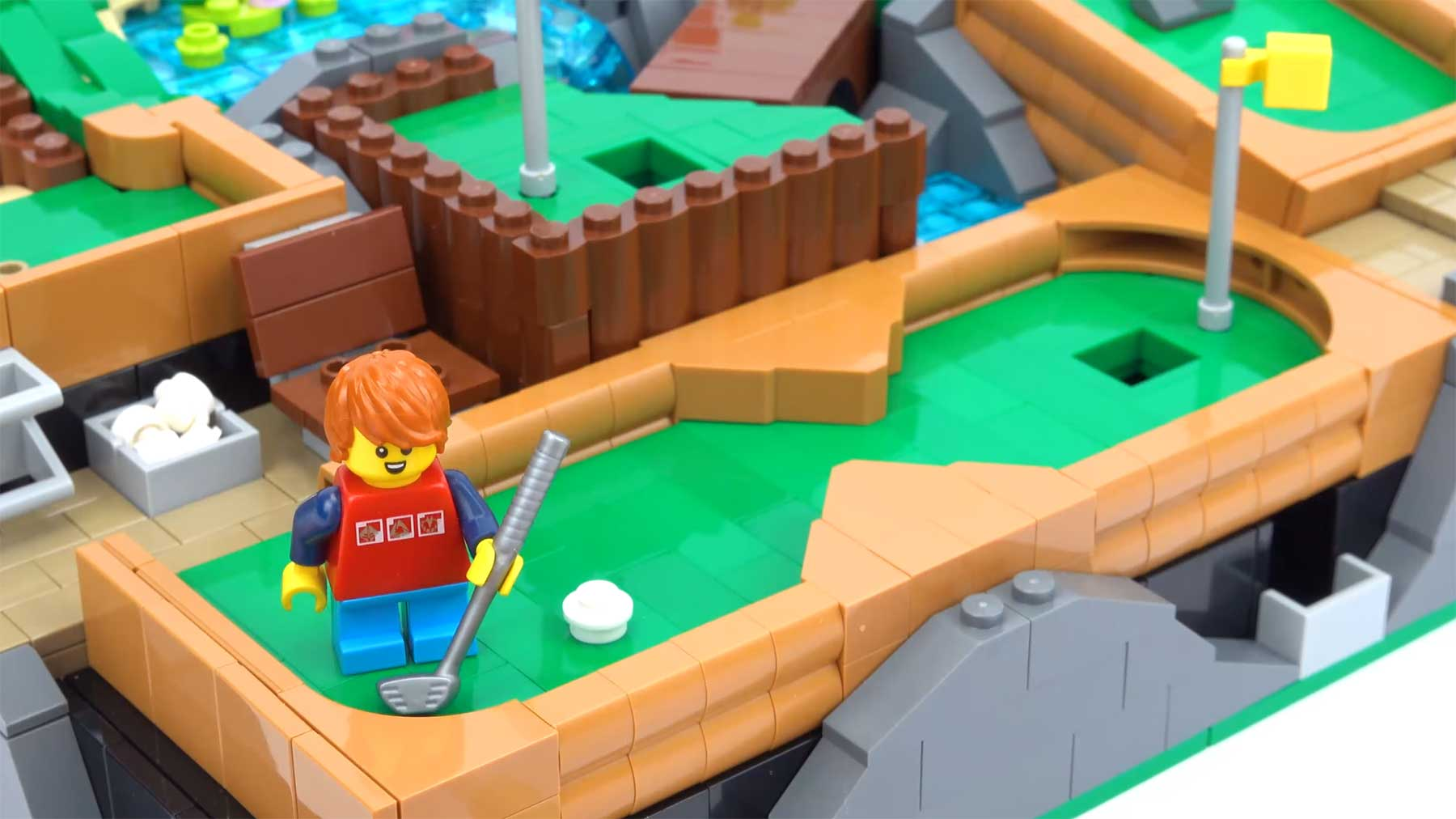 Spielbarer LEGO-Minigolfplatz