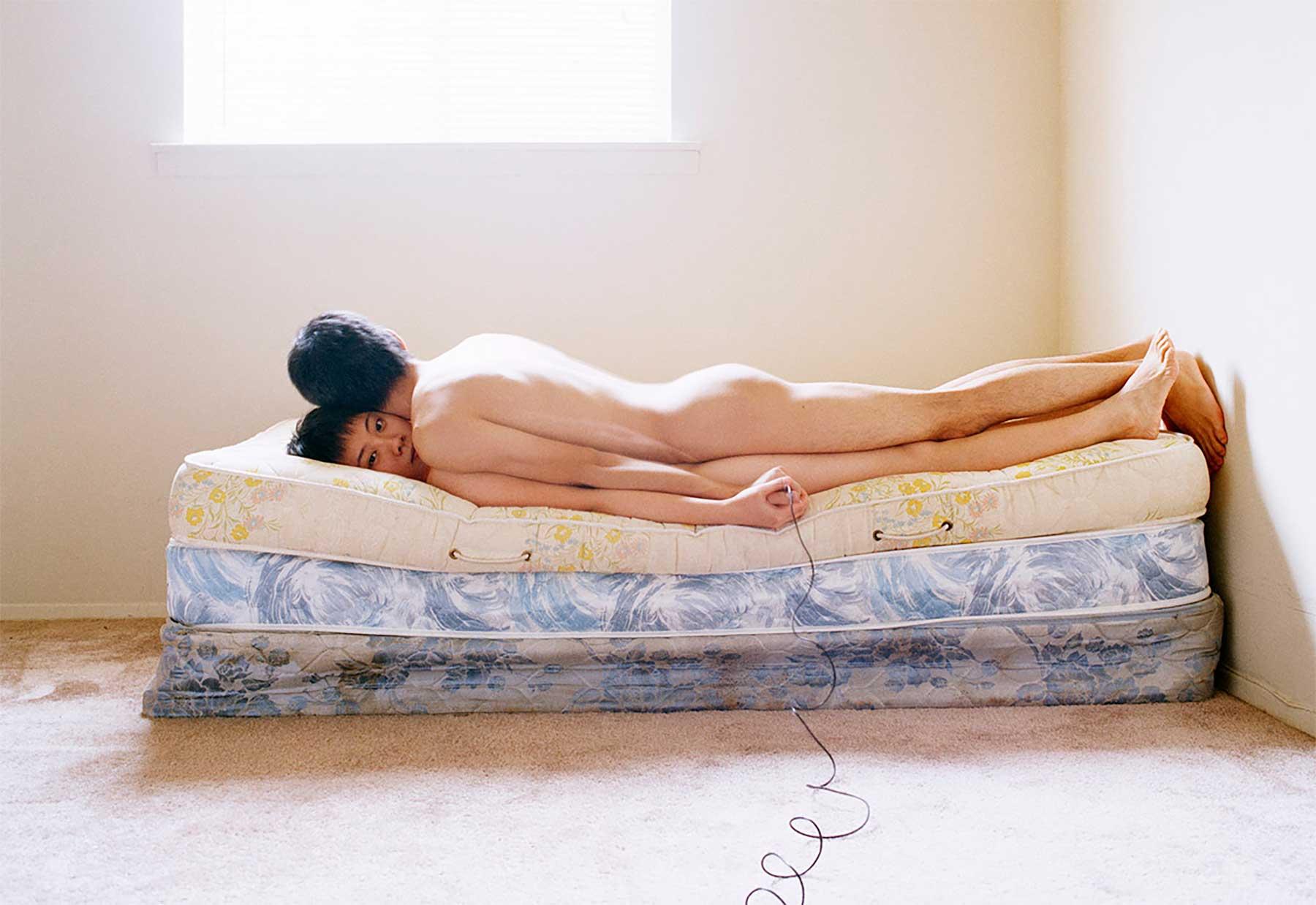 Skurrile Pärchenfotos von Pixy Liao experimental-relationship-Pixy-Liao