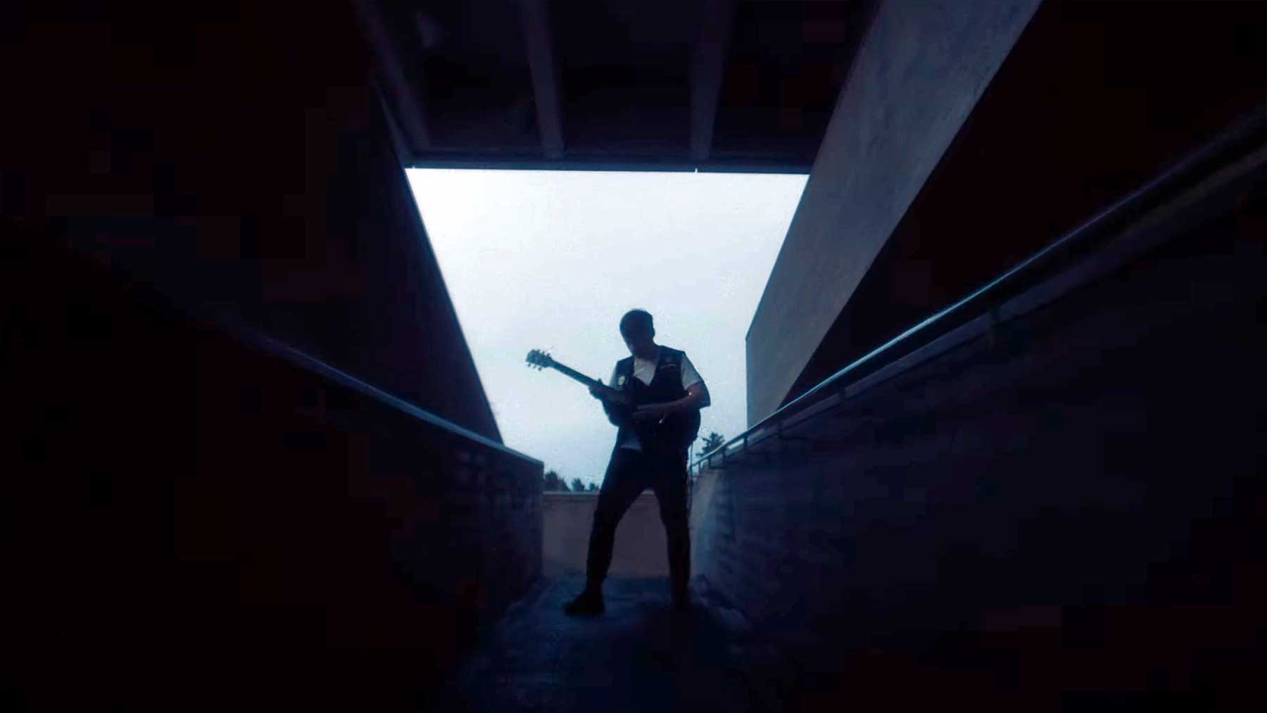"Musikvideo: Moon Shot – ""Confession"""