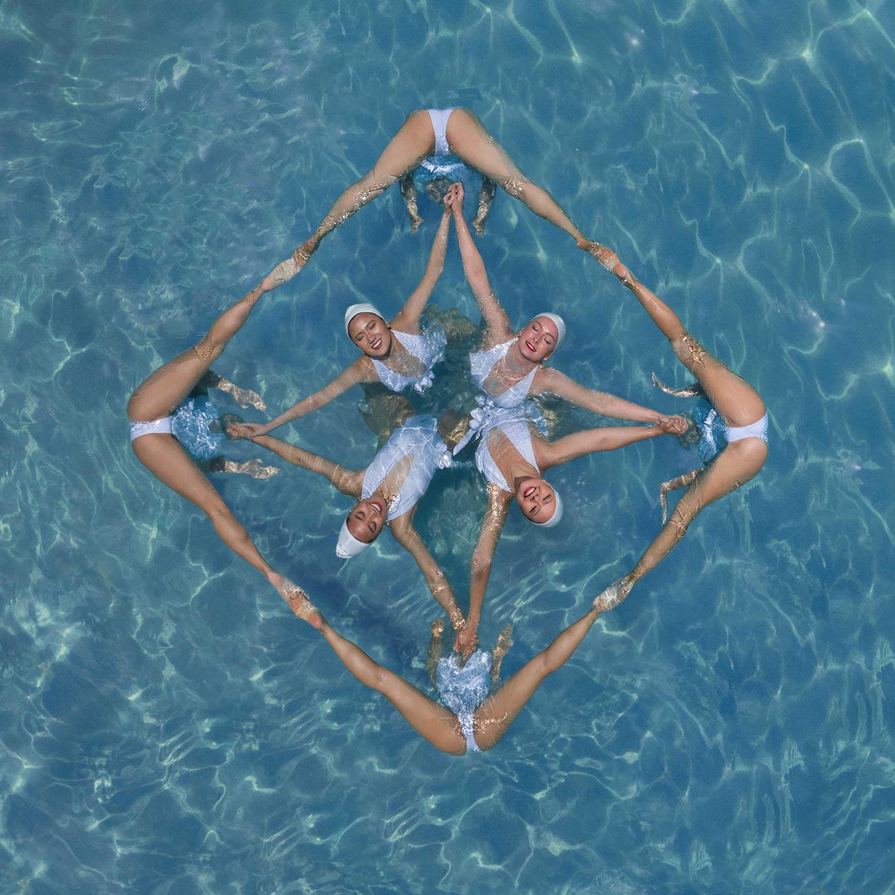 Synchronschwimmen-Luftaufnahmen von Brad Walls Water-Geomaids-Brad-Walls_04