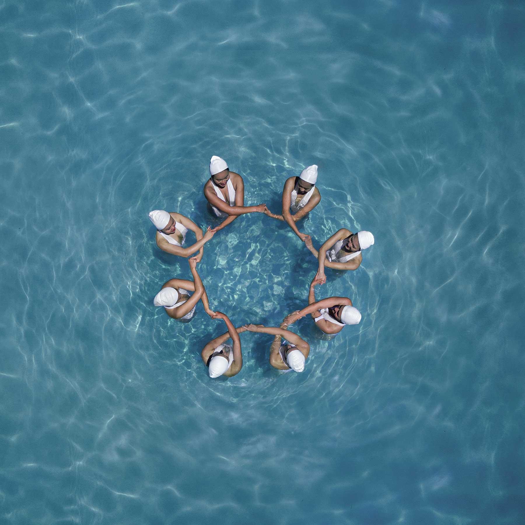 Synchronschwimmen-Luftaufnahmen von Brad Walls Water-Geomaids-Brad-Walls_06
