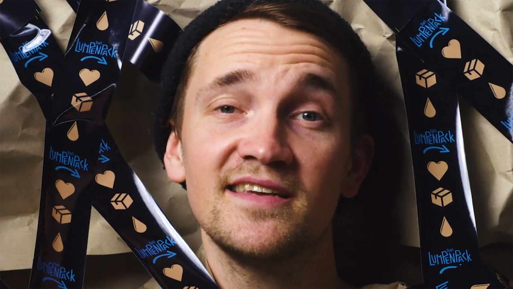 """Musikvideo: Das Lumpenpack – """"Die Liebe in Zeiten von Amazon Prime"""""""