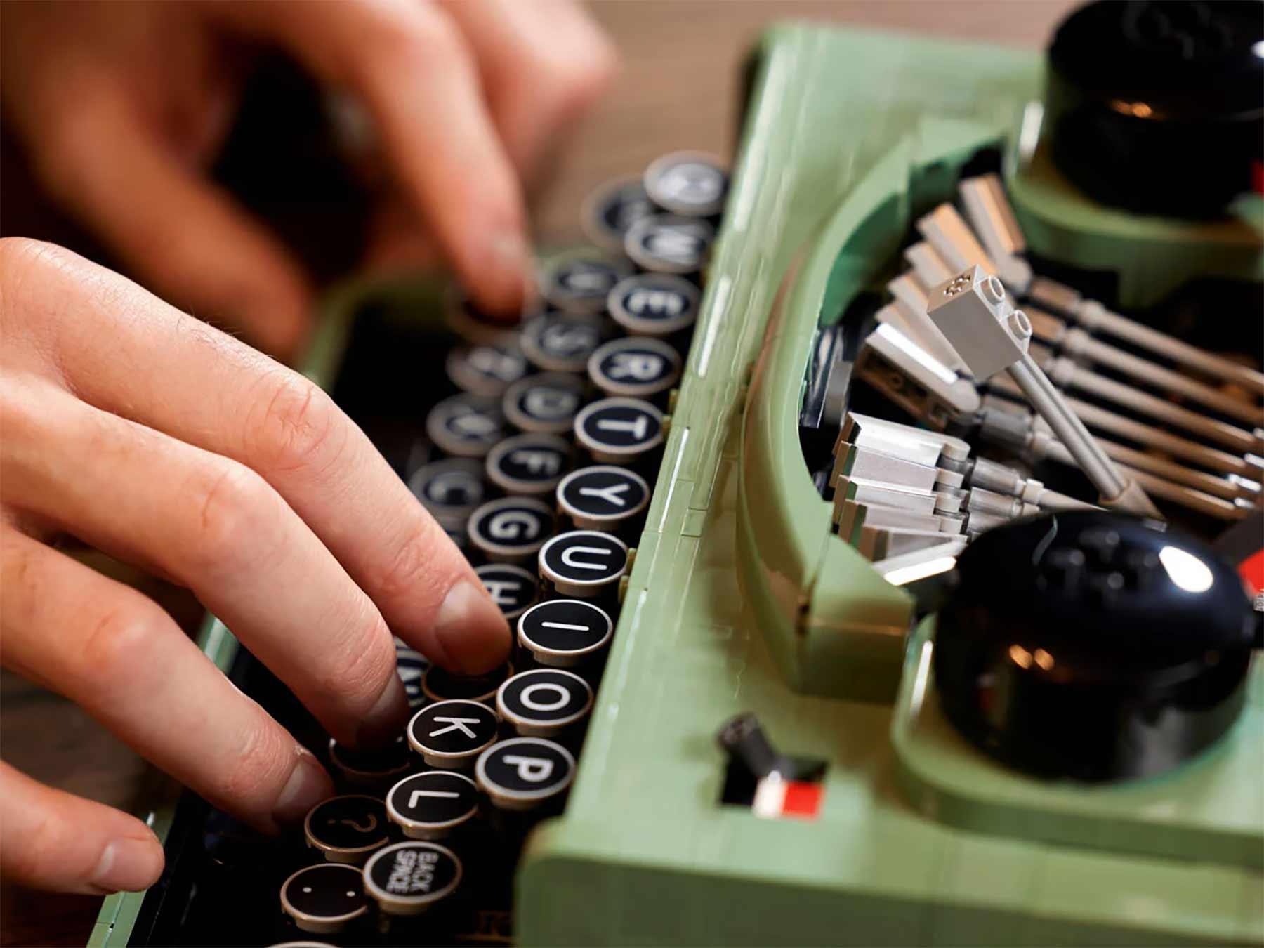 LEGO Schreibmaschine (Set 21327) LEGO-Schreibmaschine_03