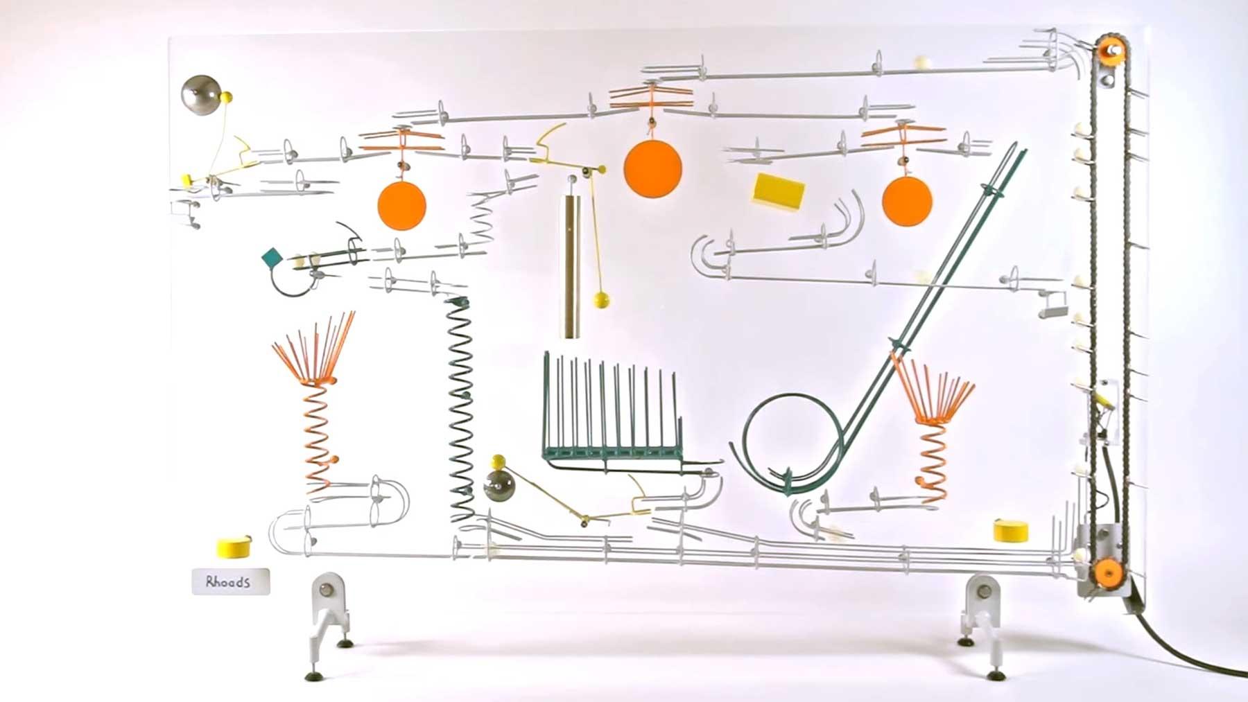 Endlosschleifen-Murmel-Konstruktionen von George Rhoads