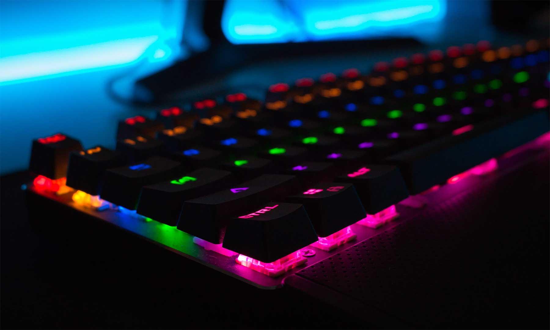 Gaming unter der Lupe: So fördern Computerspiele das Gehirn tastatur-unsplash