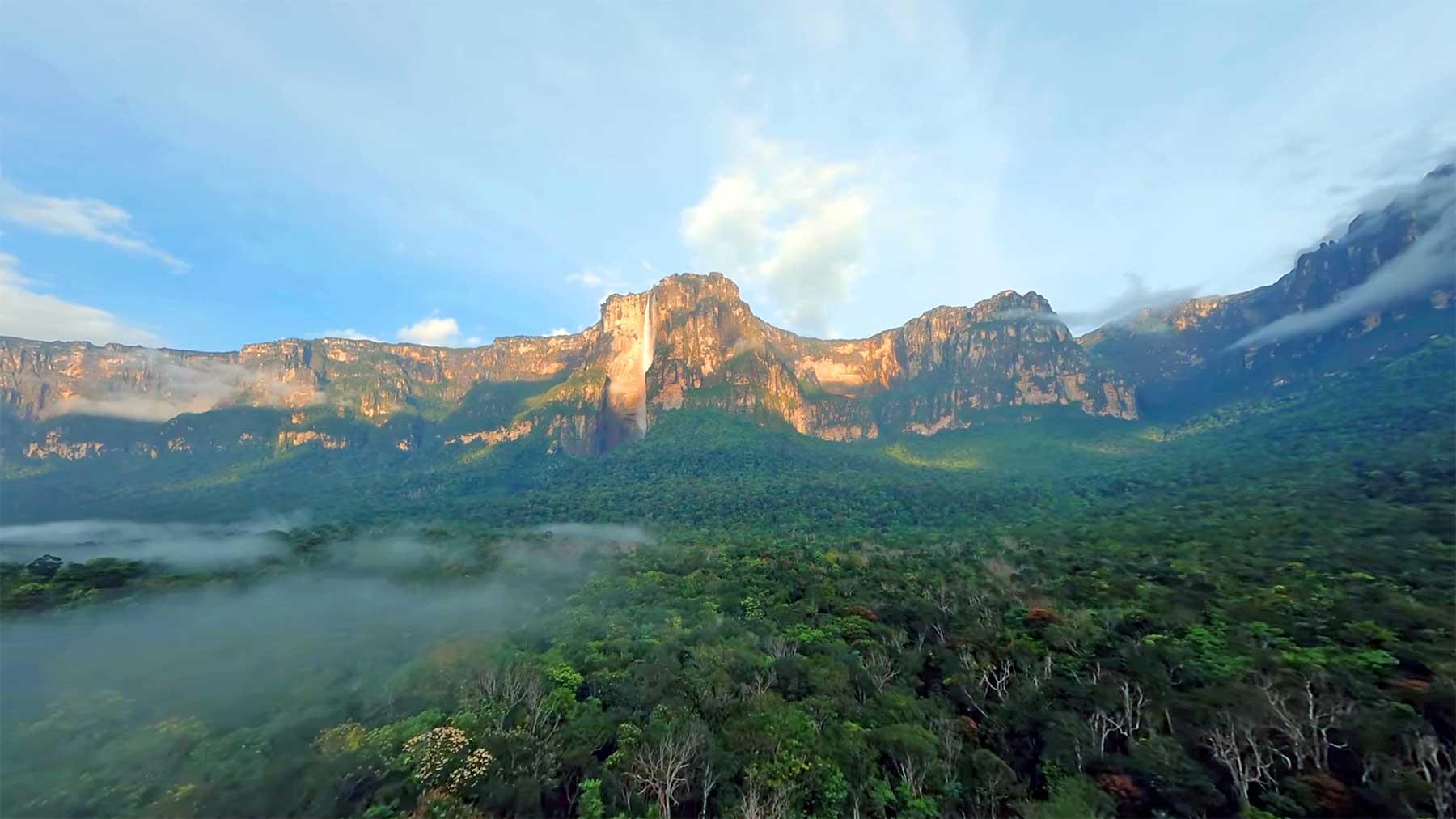 POV-Kameradrohnen-Flug über Venezuela