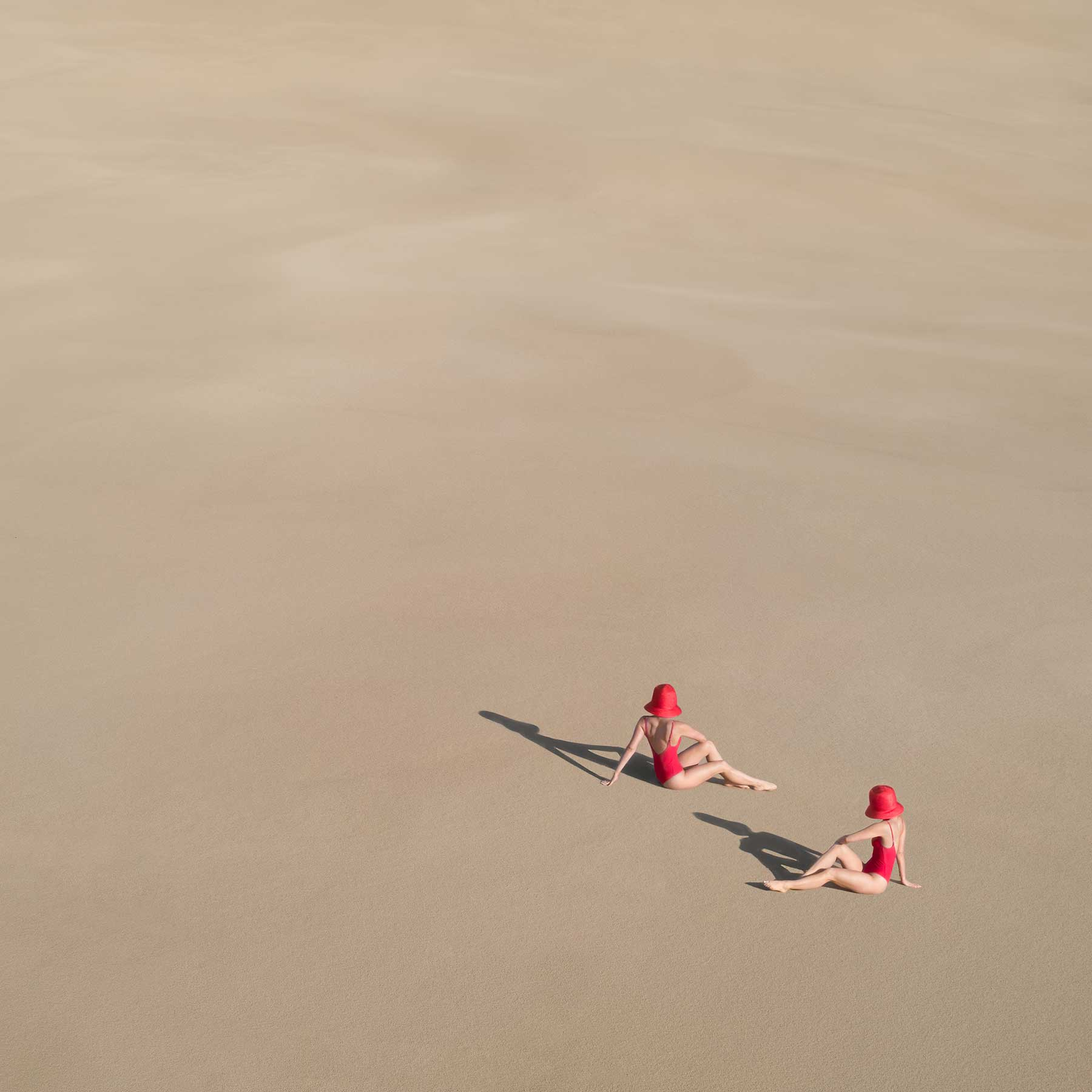 """Fotoreihe """"Detached, in harmony."""" von Brad Walls Brad-Walls-Detached-in-Harmony_08"""