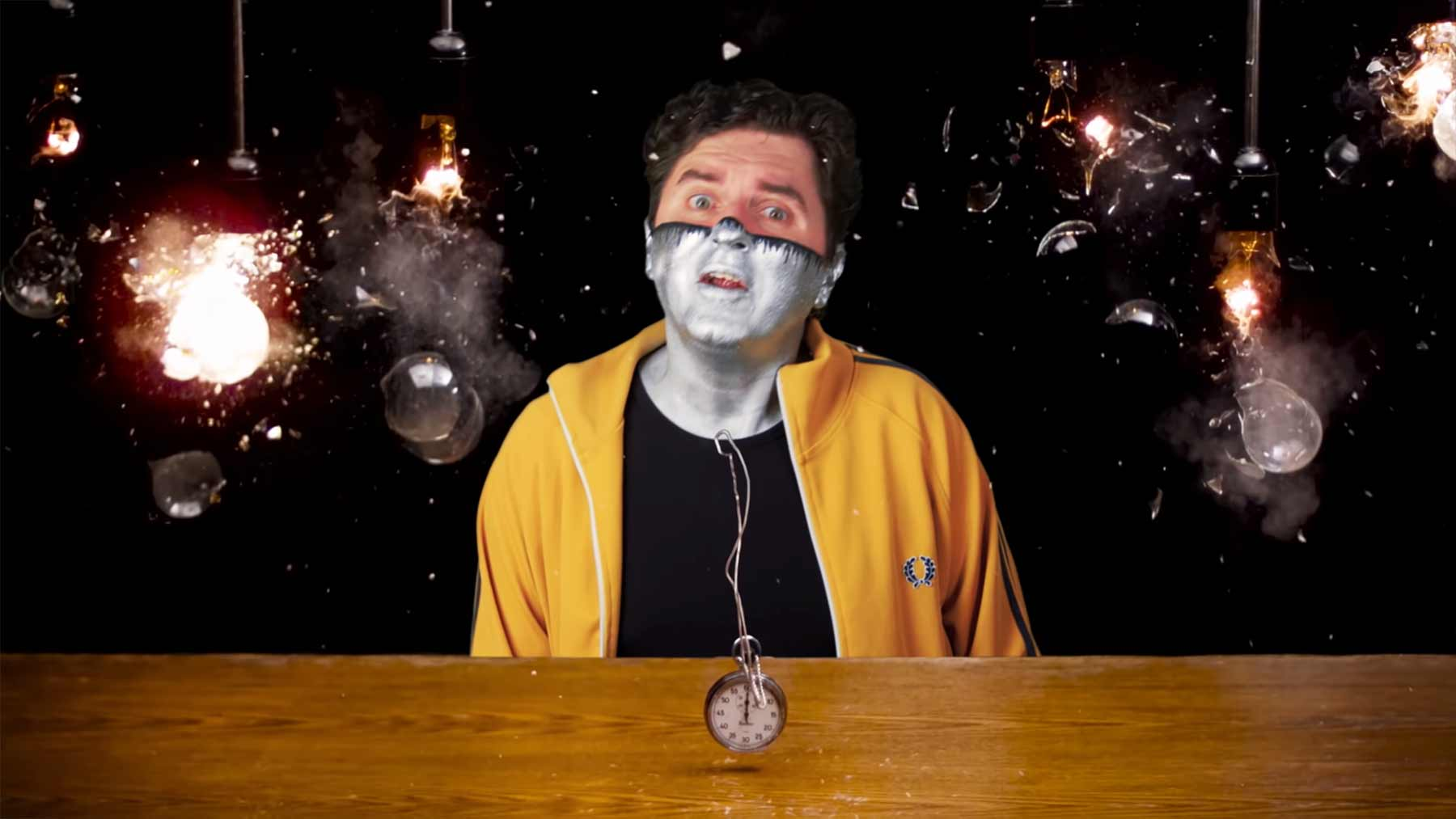 """Captain Disillusion nimmt das """"Playing With Time""""-Video auseinander"""
