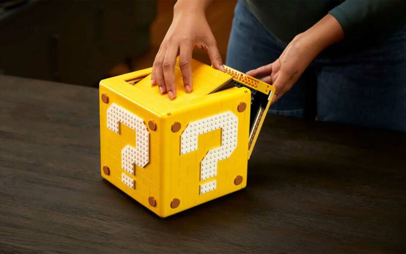 """LEGO-Set: Fragezeichen-Block aus """"Super Mario 64"""""""