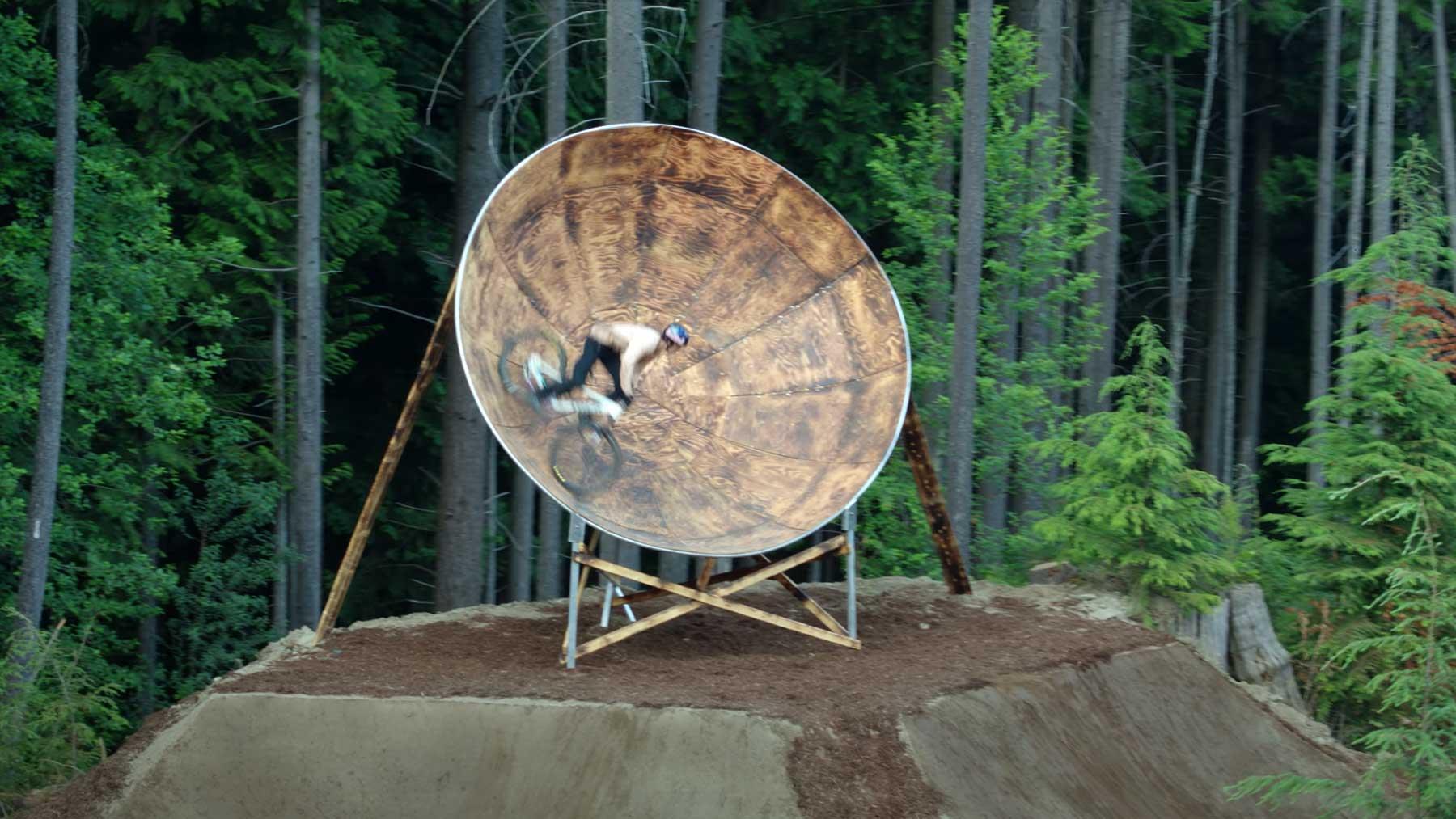 "Mountainbiking mit Brandon Semenuk: ""REALM"""