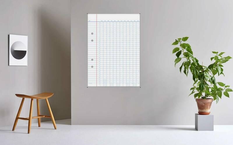 Jahres-Wandkalender in Form eines riesigen Notizbuch-Zettels