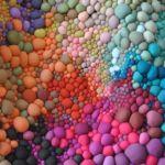 Teppiche aus bunten Kügelchen